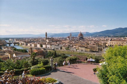 Panoramic view of Florence and its magnificent Duomo by Brunelleschi